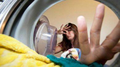 از بین بردن بوی بد لباس